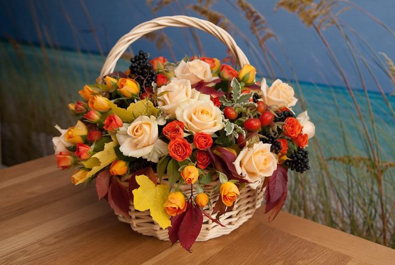 Осенний букет цветов на день рождения, букеты конфет